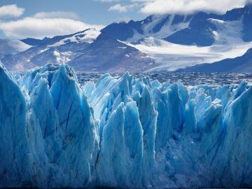 gletsjer-ijs-dal-blauw-bergen