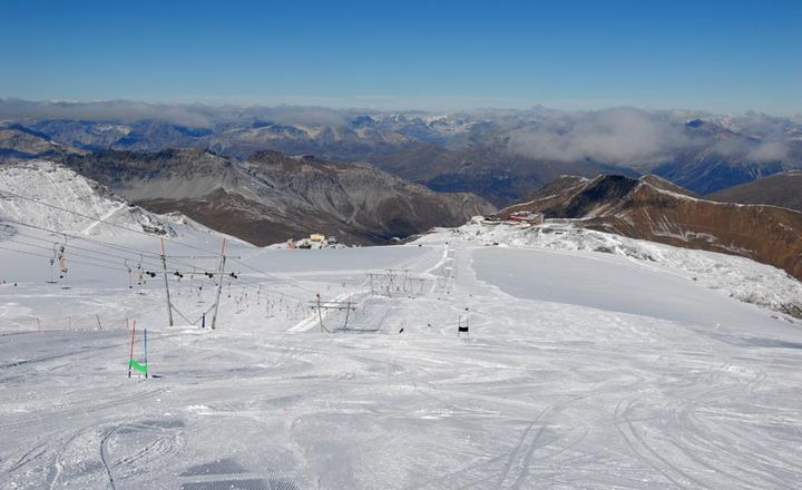 stilfserjoch-zomer-ski-piste-bergen