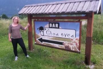 blog-crna-ovca-the-black-sheep