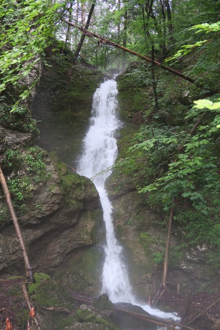 alpe-adria-trail-ronde-etappe-r02-waterval