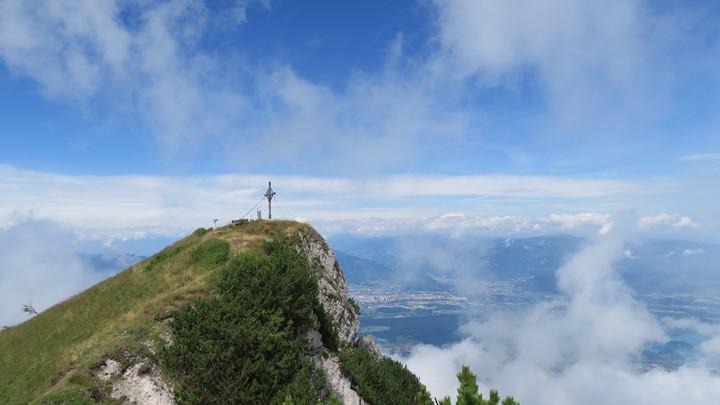 alpe-adria-trail-circular-tour-r07-e22-uitzicht-julische-alpen
