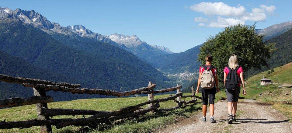 Wandelend door de omgeving van Val di Sole