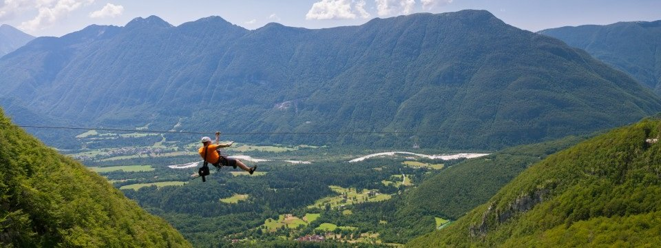 Zip-lining in Slovenië