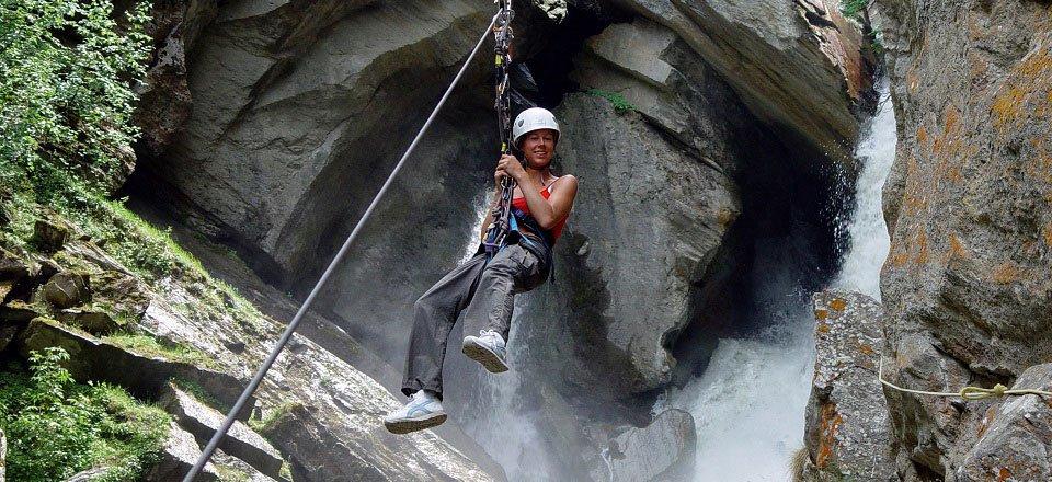 Klimmen en klauteren door de kloof Gorge Alpine